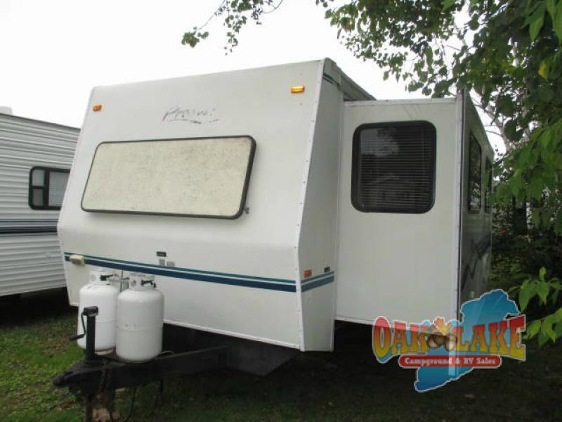 1998 Fleetwood Rv Prowler 33P