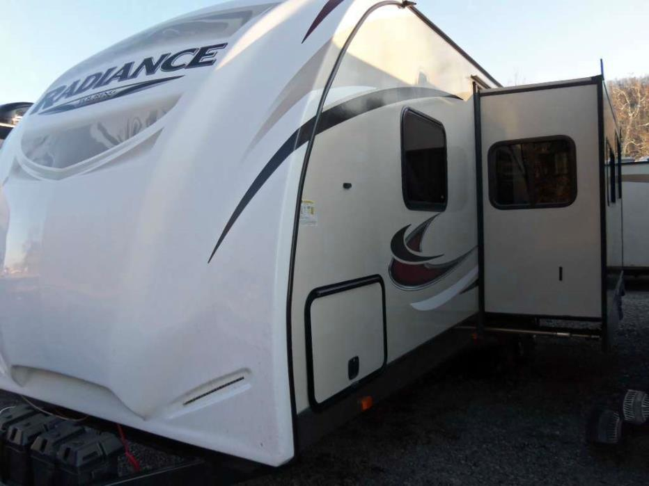 2016 Cruiser Rv Radiance R-28BHSS