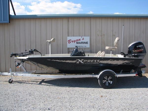 2017 Xpress Boats Xclusive Pro Series X17 Pro