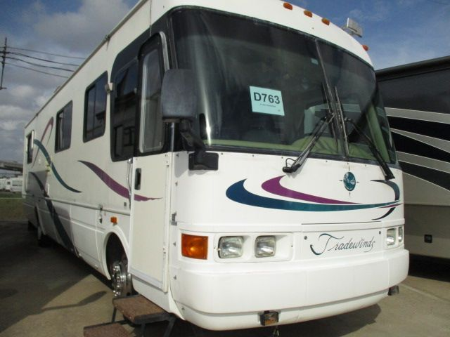 2000 National Rv Tradewinds 7371
