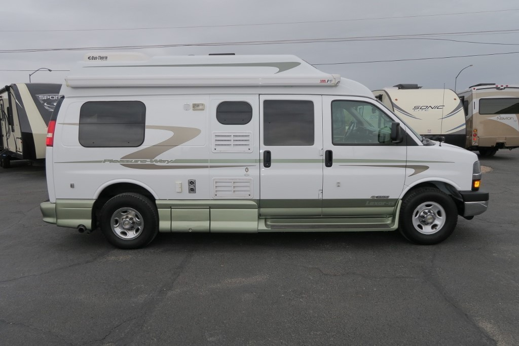 2005 Pleasure Way LEXOR TS