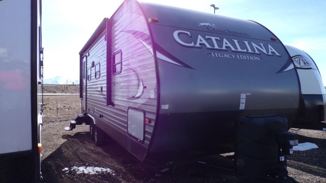 2017 Coachmen Catalina 223 RBSLE