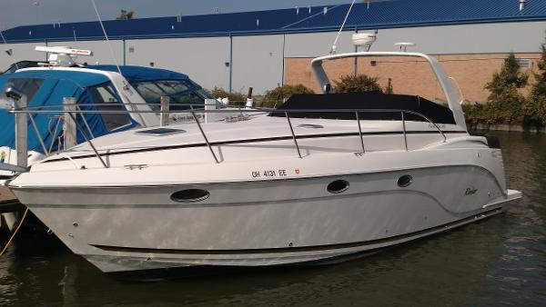 2006 Rinker 360 Express Cruiser