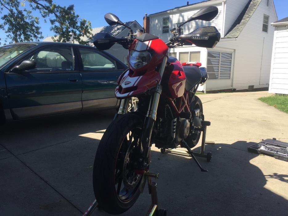 2008 Ducati HYPERMOTARD 1100 EVO SP