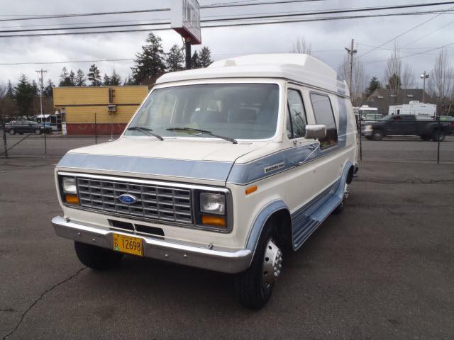 1990 Ford E-250