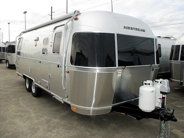 2017 Airstream FLYING CLOUD 25rb