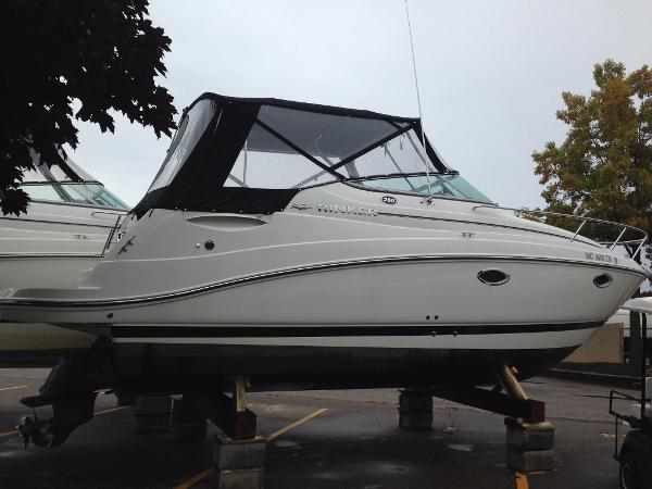 2012 Rinker 260 Express Cruiser