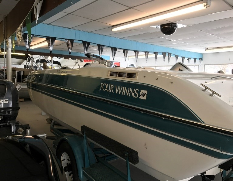 1992 Four Winns 180 Candia