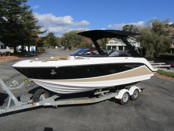 2017 Sea Ray SLX 250