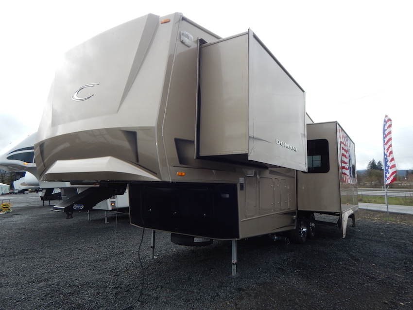 2008 Carriage DOMANI DF300