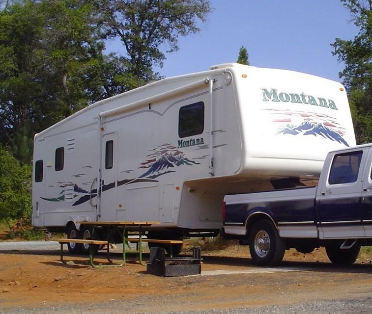 2003 Keystone MONTANA 3295RK