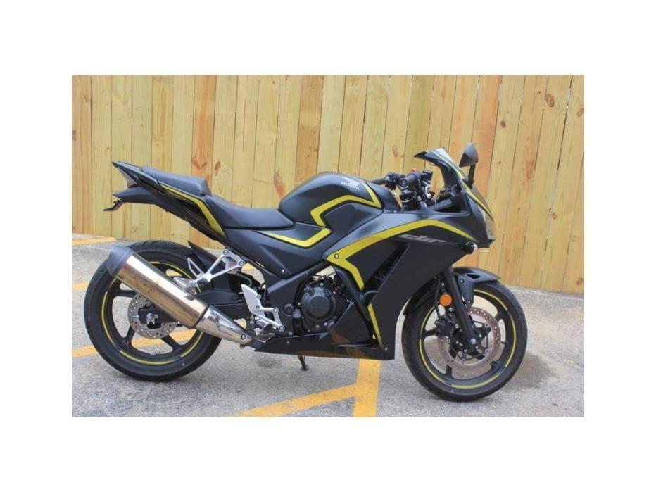 2015 Honda CBR 300R ABS