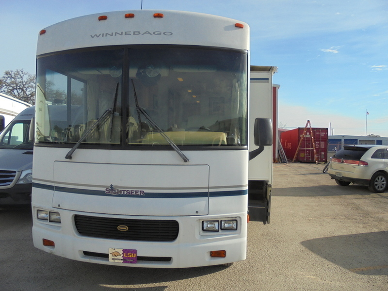 2003 Winnebago 30B FORD