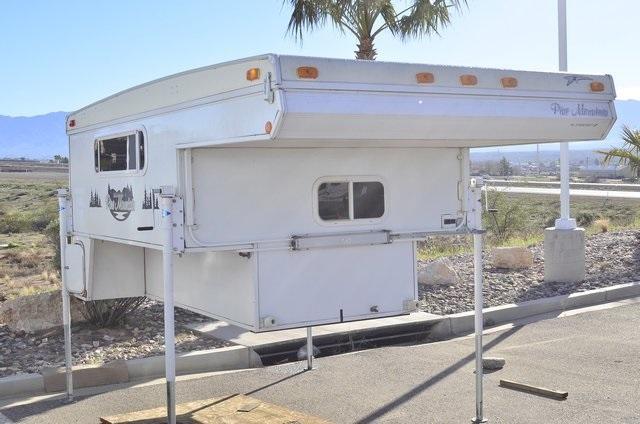 2008 Starcraft Loanstar S Truck Camper