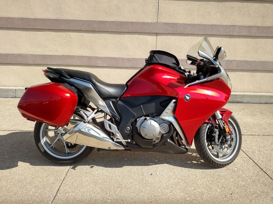 honda vfr1200f motorcycles for sale in ohio. Black Bedroom Furniture Sets. Home Design Ideas