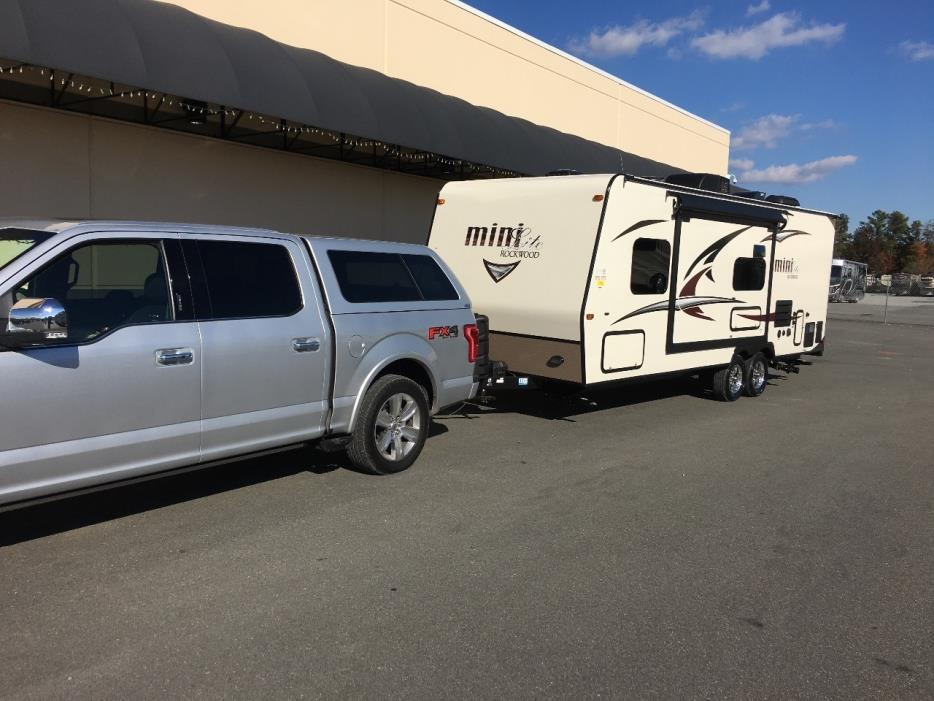 2017 Forest River ROCKWOOD MINI LITE 2503S