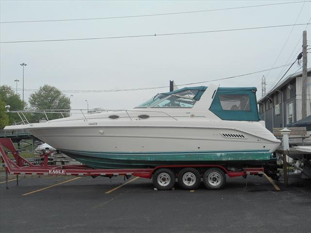 1995 Sea Ray Cruisers  300 Sundancer
