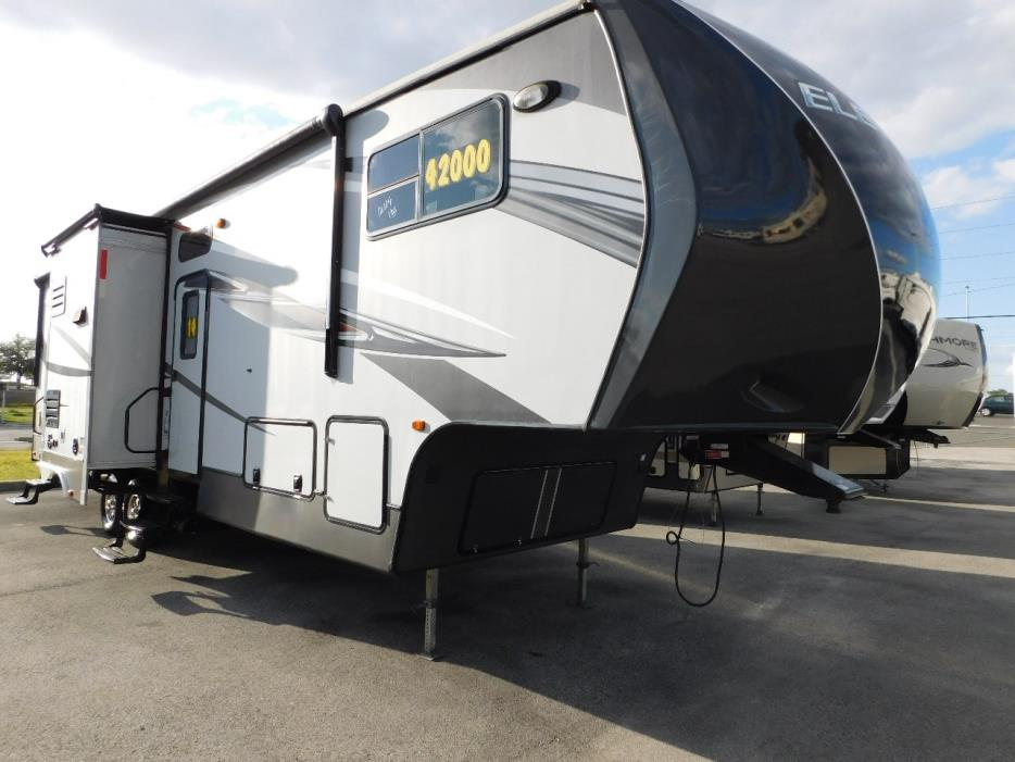 2014 Crossroads ELEVATION 3612 3 SLIDES 12 FT GARAGE GENERATOR NICE