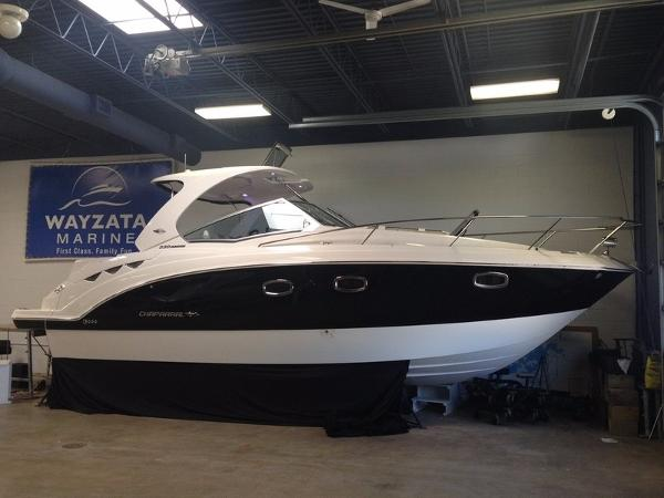 2015 Chaparral 330 Signature