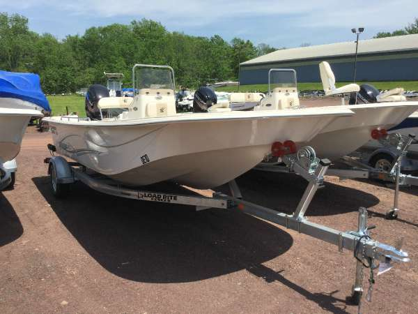 2016 Carolina Skiff DLV 218
