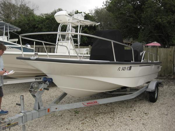 2016 Boston Whaler Montauk 17 CC