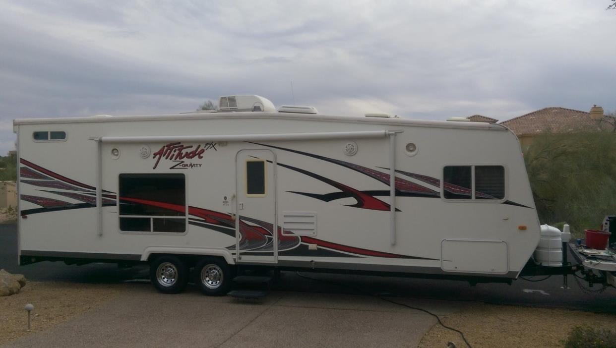 2010 Eclipse Recreational Vehicles ATTITUDE 27SAG