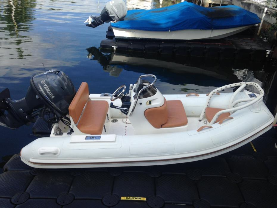 2012 Nautica International Rib Deluxe