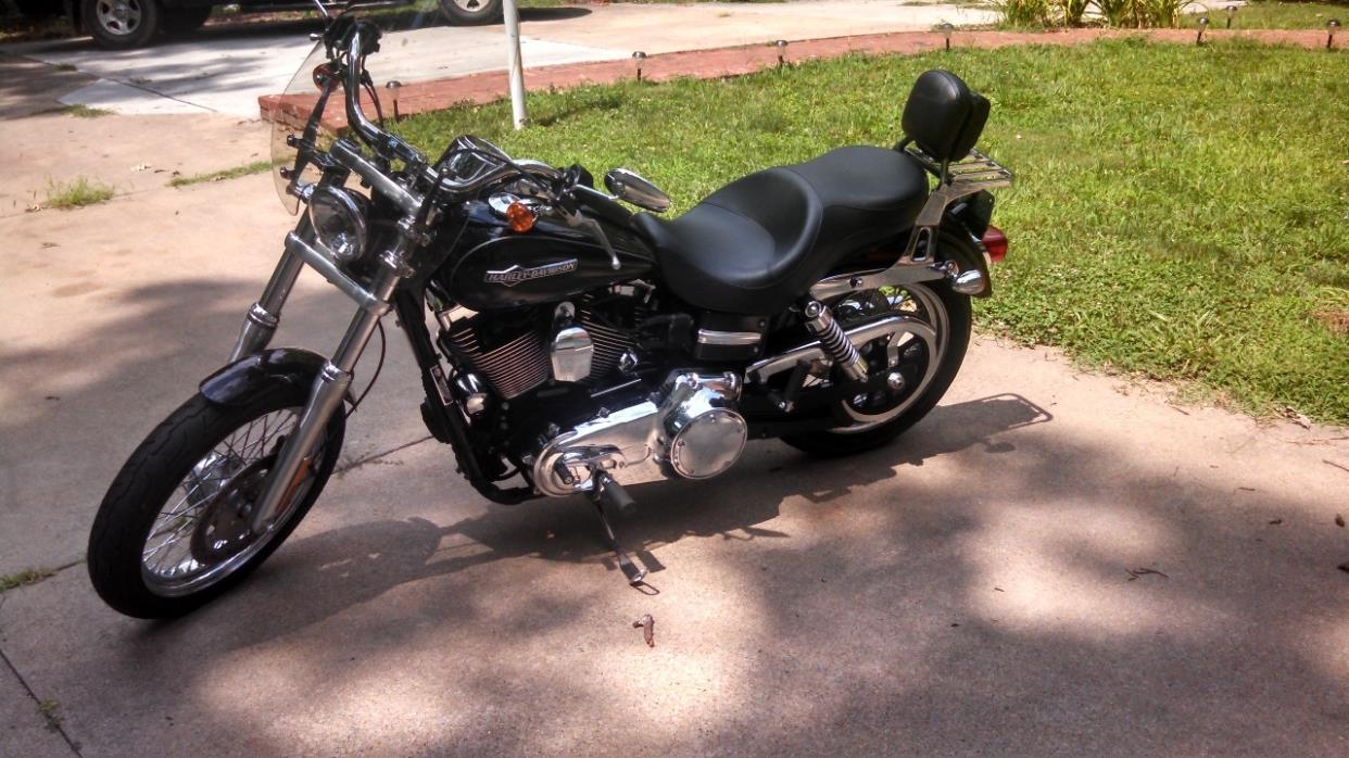 2011 Harley-Davidson SUPER GLIDE DYNA CUSTOM