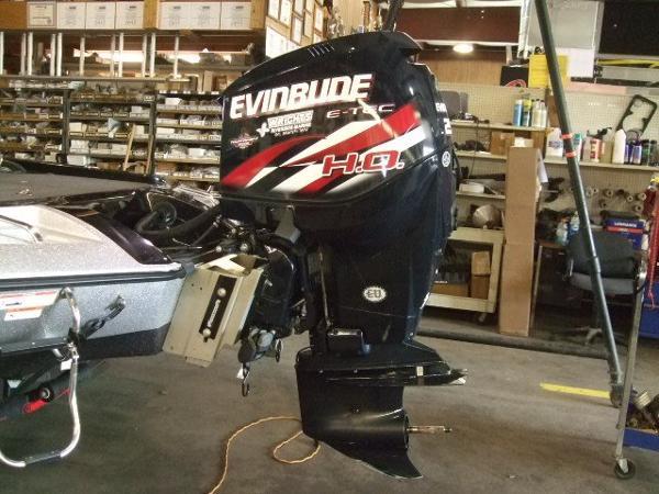 2013 Evinrude 250