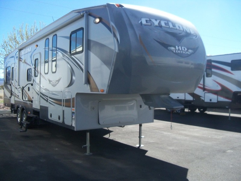 2011 Heartland Cyclone 3010 HD