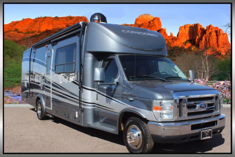 2011 Coachmen Concord 300TS