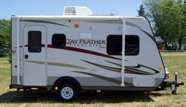 2013 Jayco Jay Feather Ultra Lite 17Z