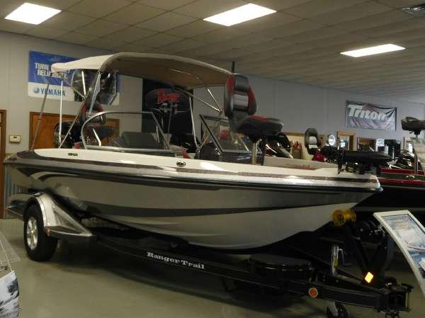 Ski and fish boats for sale in longview texas for Fun motors longview tx