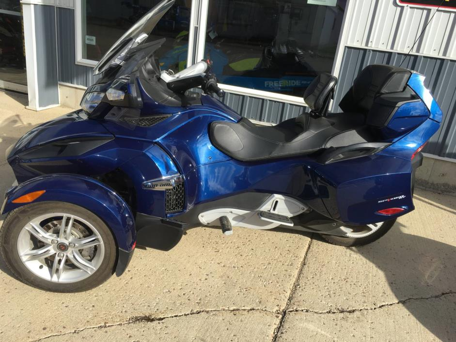 2011 Can-Am Spyder RT-S SM5