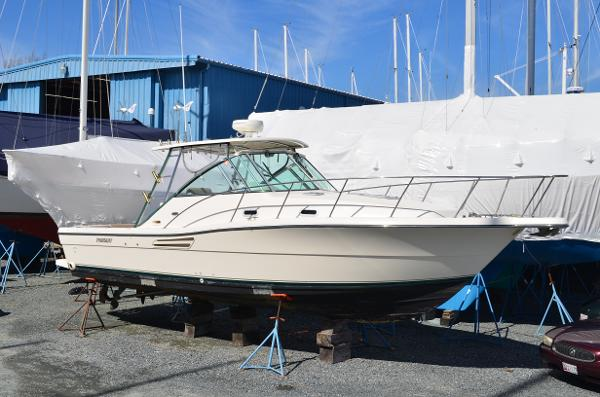 2003 Pursuit 3000 Express