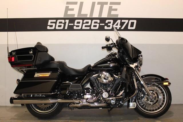 2013 Harley Davidson FLHTCU Electra Glide