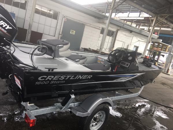 2017 Crestliner Poly Storm 1600