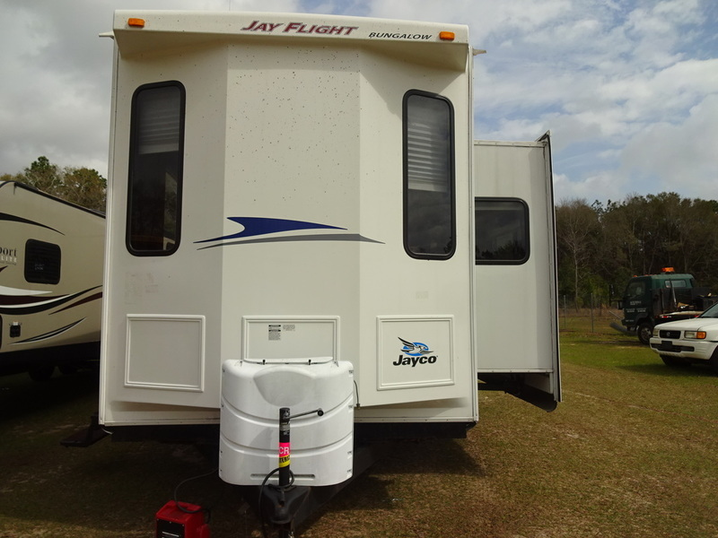 2010 Jayco JAY FLIGHT BUNGALOW 40FER