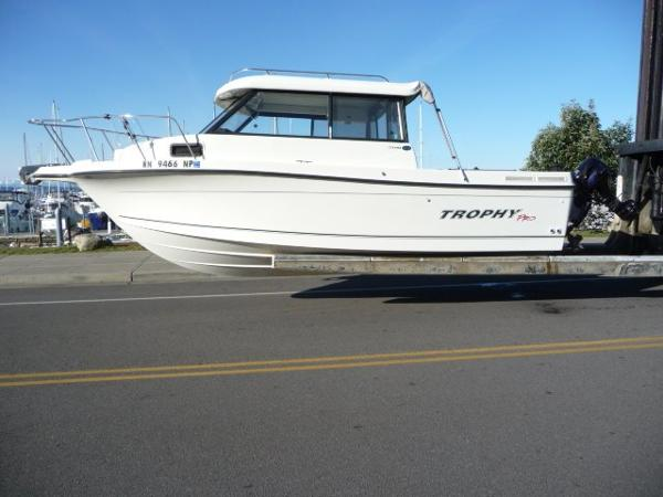 Trophy 2359 Hardtop Boats for sale