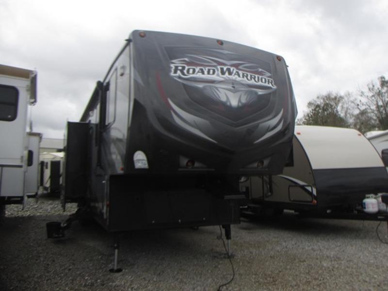 2015 Heartland Road Warrior RW 415