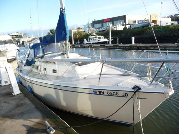 Cal 2 27 Sailboat Boats for sale