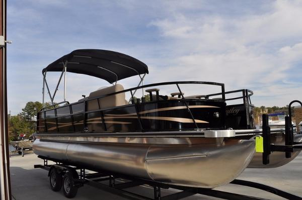 2016 Encore Boat Builders 240 FISH