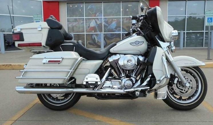 2003 Harley Davidson FLHTCUI Ultra Classic Electra Glide Anniversary
