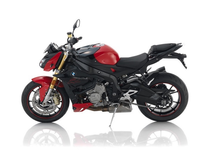 2017 BMW S 1000 R Premium Racing Red/Black Storm Metallic