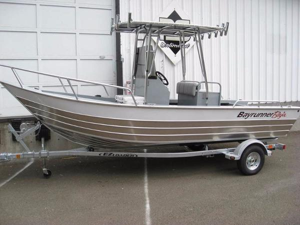 2017 Klamath Boats Bayrunner 19' Baja Boat