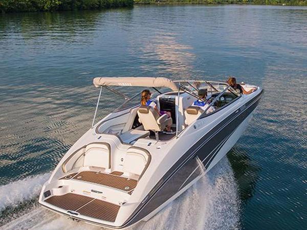2016 Yamaha Sport Boat SX240