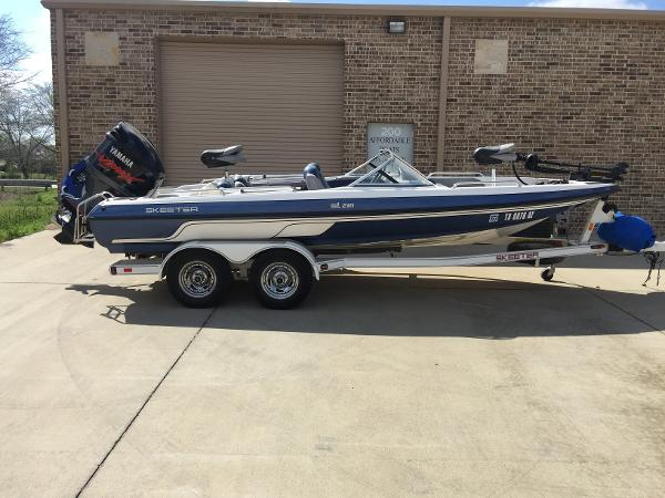 Skeeter sl 1900 fish and ski boats for sale for Fish and ski boats for sale