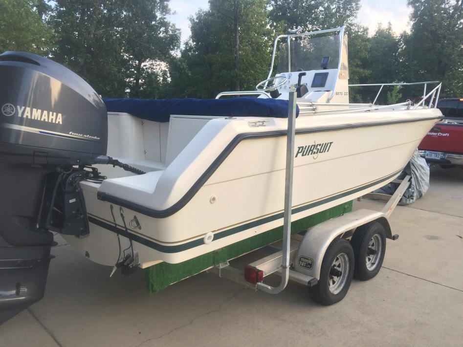 1998 Pursuit 2270 Center Console