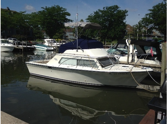 1978 Luhrs 280 Sedan Flybridge