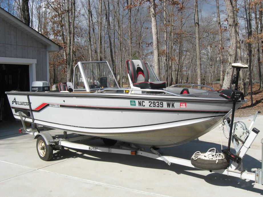 1988 Alumacraft Trophy 170